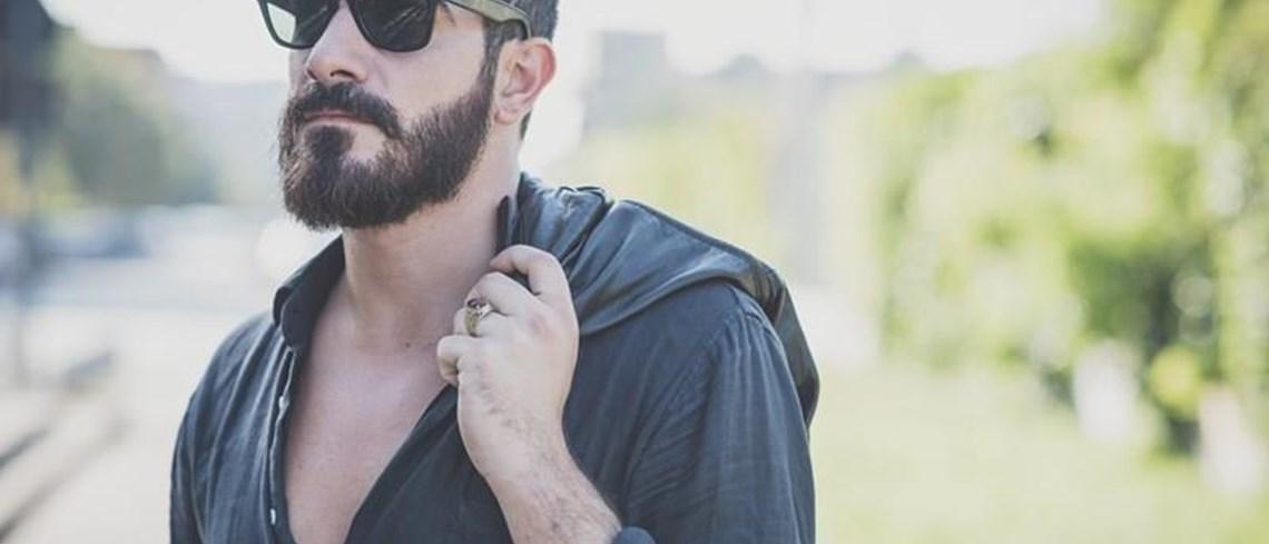 7df8fce760 Para a maioria dos homens, falar acerca de depilação pode ser uma espécie  de taboo. Para além de barbearem a cara, a maioria dos homens não se  preocupa ...